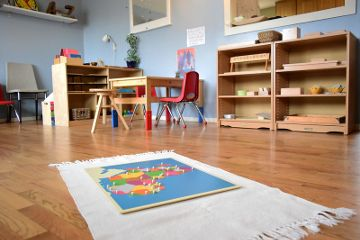 "Montessori preschool classroom. ""Preschool classroom"" by montessori toolkit is licensed under CC BY 2.0"